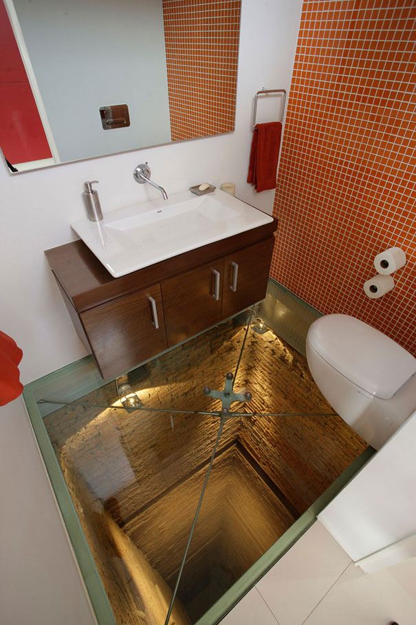 14095569428589 bathroom elevator shaft glass floor hernandez silva 2 This glass floor bathroom sits atop 15 story elevator shaft! Scary!