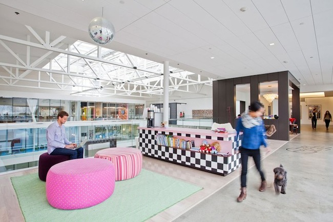 14095584402700 desktop 1406831359 These cool office designs can make even the dullest task fun!