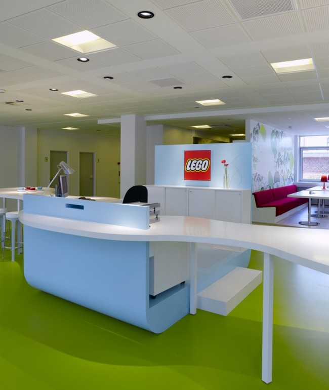 1409558442243 desktop 1406831946 These cool office designs can make even the dullest task fun!