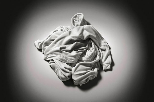 14095591041098 elegy of resistance marble clothes alex seton 7 Cozy clothes which are actually made up of stone. Amazing!