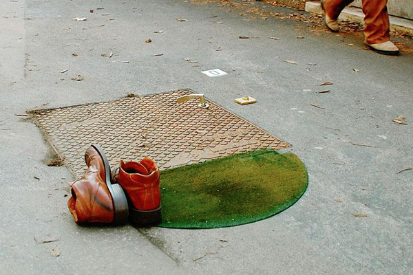 14095591141966 street art5 Surreal 3D street art that you cannot just look at once. A second look is guaranteed!