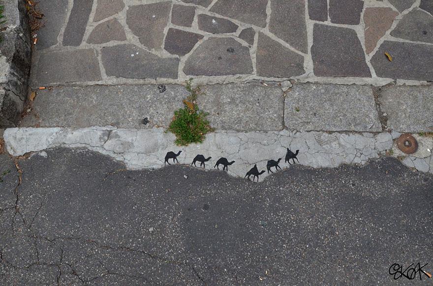 14100588896069 creative street art oakoak 2 3 Fabulous Street Art that will make you AWESTRUCK!