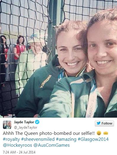 image50 Queen Elizabeth Doesnt Like Selfies