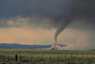 78461122 303x204 What Causes Tornadoes?