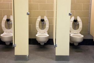 istock 000014499613 small 303x204 Are Public Restrooms Really That Unsanitary?
