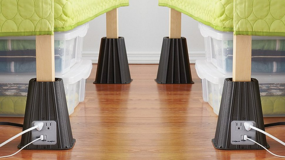 20 life changing dorm hacks for back to school 3 12 Easy and Cheap Dorm Room Hacks