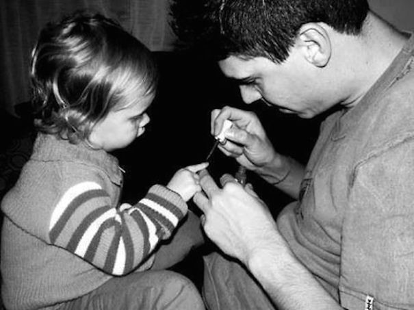 fatherhood youre doing it right 15 guys that get it 3 10 Dads Who Are Doing Fatherhood Correctly